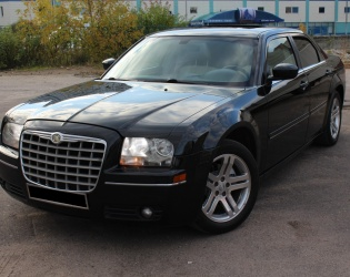 Chrysler 300C I
